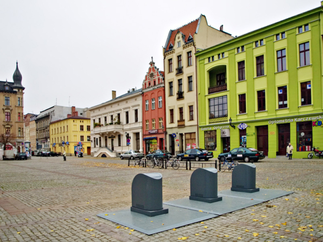 Nasze pojemniki  podziemne w Toruniu