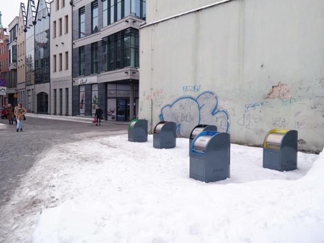Underground containers