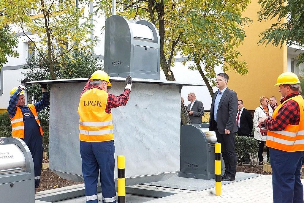 Realizacja gniazda śmietników podziemnych w Legnicy
